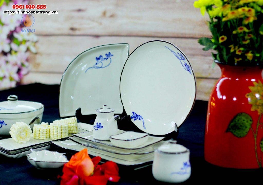 Bát đĩa Bát Tràng men trắng vẽ hoa xanh