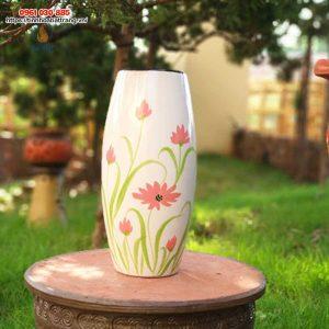 Bình hoa dáng bom vẽ hoa hồng
